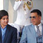 अक्षय कुमार अपने बेटे के साथ