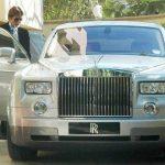 अमिताभ बच्चन रोल्स-रॉयस फैंटम के साथ