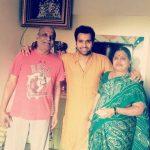 रोहित शर्मा अपने माता-पिता के साथ