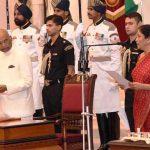 सीतारमण के भारत में रक्षा मंत्री के रूप में शपथ ग्रहण करते हुए !