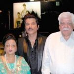 अनिल कपूर अपने माता-पिता के साथ