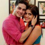 प्रियंका शर्मा अपनी बहन के साथ