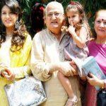 रवीना टंडन अपने परिवार के साथ