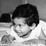 हिना खान की बचपन की तस्वीर