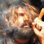 आर्य फिल्म Naan Kadavul (2009) में