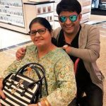 कपिल शर्मा अपनी माँ के साथ