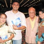 पद्मा खन्ना अपने पति और बच्चों के साथ