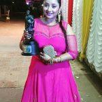 रानी चटर्जी सर्वश्रेष्ठ अभिनेत्री पुरस्कार के साथ