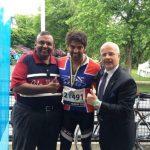 साईकल रेस में स्वर्ण पदक विजेता आर्य