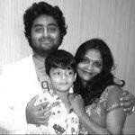 अरिजीत अपने परिवार के साथ