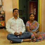 अरुनाचलम मुरुगनांथम अपनी पत्नी शांती के साथ
