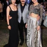 कमल हासन अपनी बेटियों के साथ