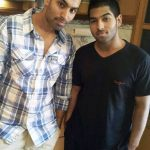 परमीश वर्मा अपने भाई के साथ