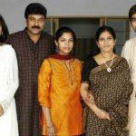 राम चरण अपने परिवार के साथ