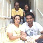 के एल राहुल अपने परिवार के साथ