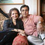 जगजीत सिंह अपनी पत्नी के साथ
