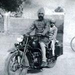 जगजीत सिंह अपने पिता के साथ