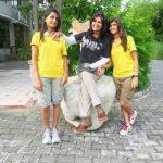 दीपा मलिक अपनी बेटियों के साथ