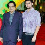 मनोज कुमार अपने बेटे विशाल गोस्वामी के साथ