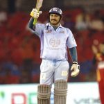 मनोज तिवारी सेलिब्रिटी क्रिकेट लीग के दौरान