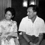 मुकेश अपनी पत्नी के साथ