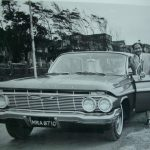 मोहम्मद रफ़ी अपनी इम्पाला कार के साथ