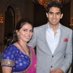 विजेन्द्र सिंह अपनी पत्नी के साथ