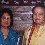 हरिप्रसाद चौरसिया अपनी पत्नी अनुराधा राय के साथ