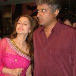 अमीषा पटेल विक्रम भट्ट के साथ