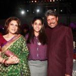कपिल देव अपनी पत्नी और बेटी के साथ
