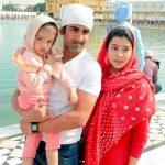 गौतम गंभीर अपनी पत्नी और बेटी के साथ