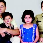 डी रूपा अपने परिवार के साथ