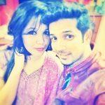 मुदस्सर खान अपनी बहन के साथ