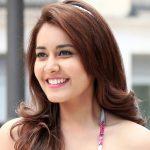 Rashi Khanna Biography in Hindi | राशि खन्ना (अभिनेत्री) जीवन परिचय