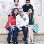 अक्षत राजन अपने परिवार के साथ