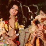 ज़ीनत अमान फिल्म हरे राम हरे कृष्णा में देव आनंद के साथ
