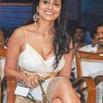 श्रीया सरन विवादित ड्रेस में