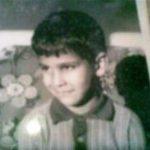 मिलिंद सोमन की बचपन की फोटो