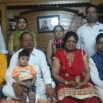 सचिन गुप्ता अपने परिवार के साथ