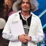 सुनील ग्रोवर डॉ. मशहूर गुलाटी की भूमिका में