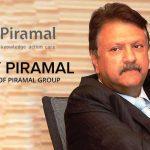 आनंद पीरामल के पिता अजय पीरामल