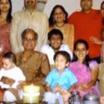 संदीप तोषनीवाल अपने परिवार के साथ