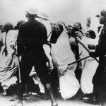 साइमन कमीशन आंदोलन के दौरान हुआ लाठीचार्ज