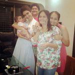 करिश्मा तन्ना अपने परिवार के साथ