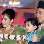 मनीषा कोइराला अपने पति के साथ