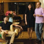 फाल्गुनी नायर अपने परिवार के साथ