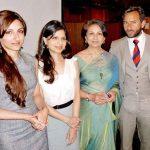 सोहा अली खान अपनी माता और भाई बहन के साथ
