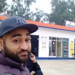 संदीप सिंह अपने पेट्रोल पंप में