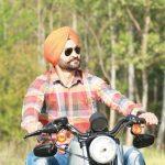 संदीप सिंह अपनी हार्ले डेविडसन बाइक पर