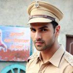 विवेक दहिया टीवी सीरियल में एसीपी अभिषेक सिंह की भूमिका में